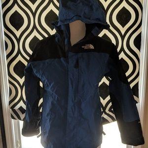 The North Face Rain Jacket Youth Size Medium